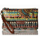 Sakroots Artist Circle Charging Wristlet Natural One World